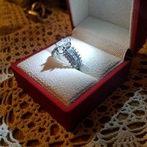 Breathtaking Engagement /Promise ring